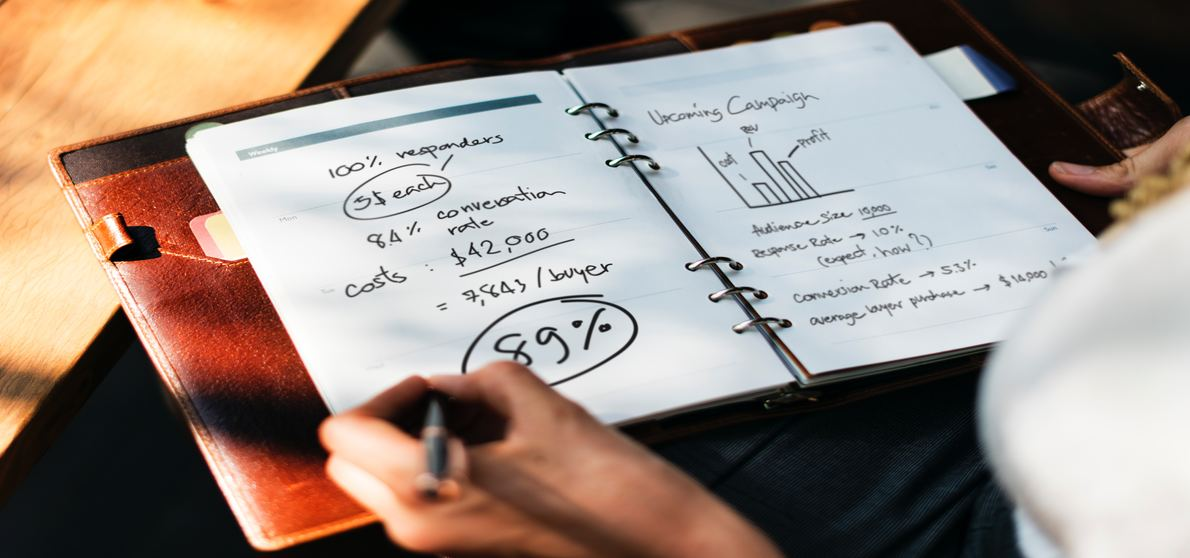 How_Bookkeeping_Outsourcing_Can_Benefit_Startups_1190x558